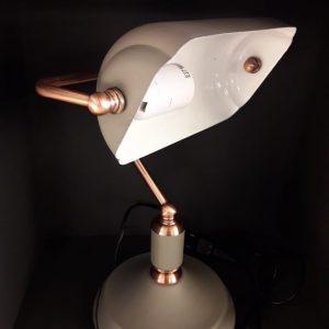 11761 - luminária de mesa